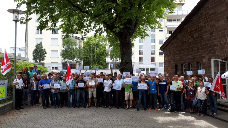 Protestkundgebung in Karlsruhe