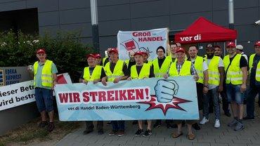 Warnstreik zur Zeit bei EDEKA in Rheinstetten