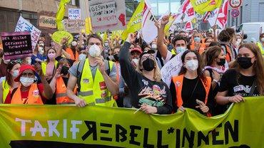 Auch die Tarif-Rebell*innen der ver.di Jugend sind seit dem 9. September bei den Streiks innerhalb der Berliner Krankenhausbewegung dabei